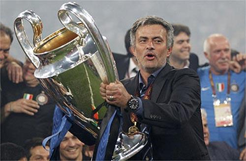Đã đến lúc sa thải Mourinho? - 1
