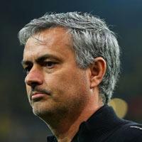Đã đến lúc sa thải Mourinho?