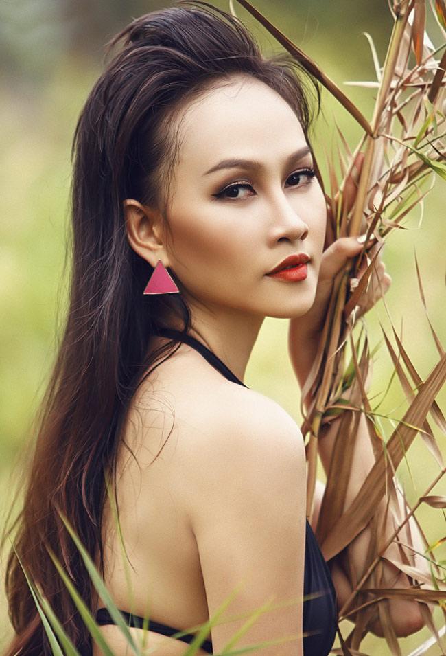 Gương mặt khả ái của hot girl Sam  Nu Phạm làm cô dâu quyến rũ Ngắm hot girl thuở răng sún Những hot girl nổi tiếng khoe thân