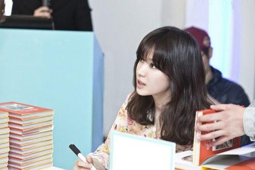 Phạm Băng Băng, Song Hye Kyo đẹp rạng rỡ - 1