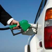 Giá xăng, dầu thế giới tiếp tục tuột dốc