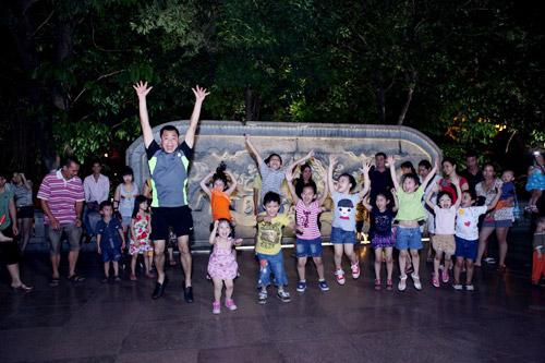 Tự Long hát chế và nhảy Gangnam Style - 5