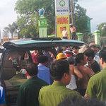 An ninh Xã hội - 1 lái xe bị khách đâm chết giữa đường
