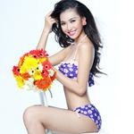 Bạn trẻ - Cuộc sống - Bích Khanh khoe sắc vóc với bikini