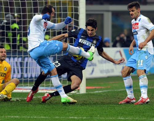 Serie A trước V35: Ngôi vương cho Juve - 2