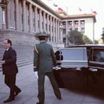 """Ô tô - Xe máy - Tổng thống Pháp được Bắc Kinh """"chiêu đãi"""" xe sang"""