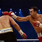 """Thể thao - Boxing: """"Tiến sĩ búa thép"""" hạ K.O Pianeta"""