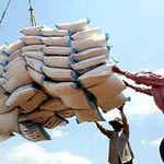 Thị trường - Tiêu dùng - Gạo Việt đang bị ép giá