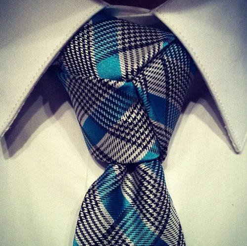Học cách thắt cà vạt đẹp cho chàng - 3