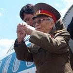 Tin tức trong ngày - Ảnh: Tướng Giáp về chiến trường Điện Biên Phủ