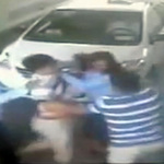 Tin tức trong ngày - Vụ nữ soát vé bị đánh: GĐ xin từ chức
