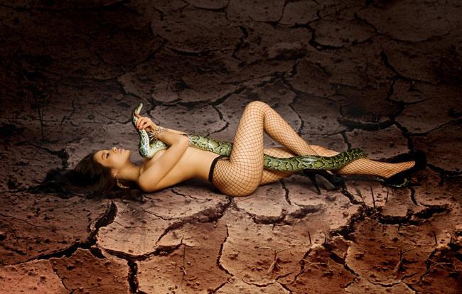 3 bộ hình nude gây tâm bão dư luận - 6