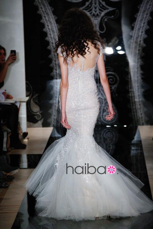Khoe lưng trần - xu hướng váy cưới 2014 - 1