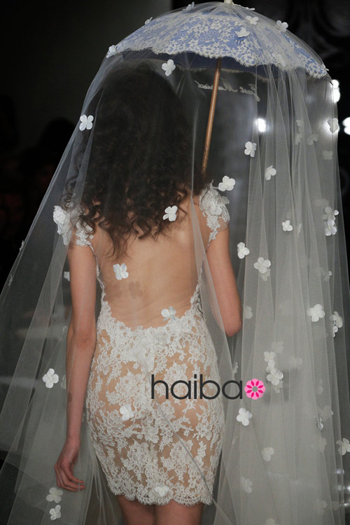 Khoe lưng trần - xu hướng váy cưới 2014 - 12