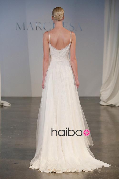 Khoe lưng trần - xu hướng váy cưới 2014 - 2