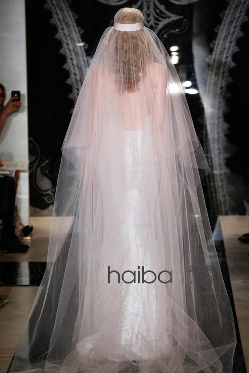 Khoe lưng trần - xu hướng váy cưới 2014 - 6