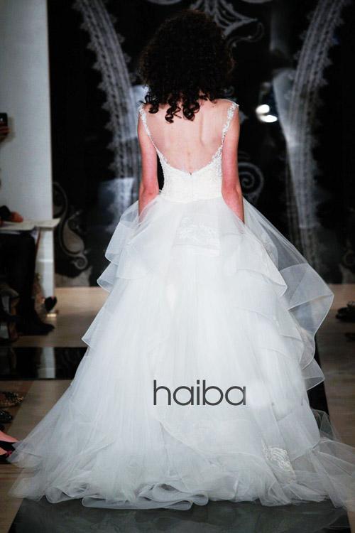 Khoe lưng trần - xu hướng váy cưới 2014 - 5