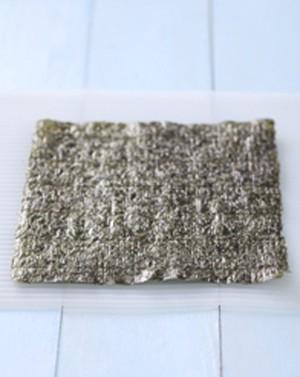 Cách làm cơm cuộn đơn giản mà ngon - 2