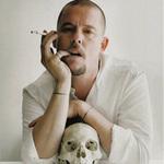 Thời trang - McQueen: Chàng gay làm náo loạn thế giới
