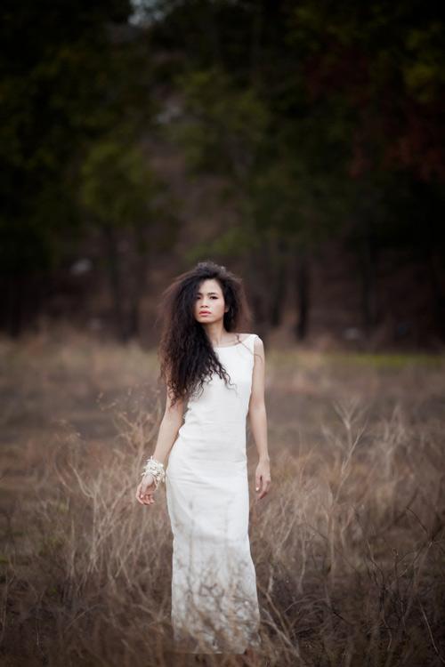 Đồng Lan hoang dại trong album mới - 11