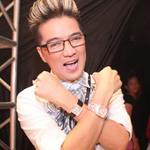 Ca nhạc - MTV - Mr. Đàm hào hứng khoe đồng hồ bạc tỷ
