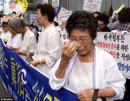 Thị trưởng Nhật: Gái mại dâm cần cho lính! - 1