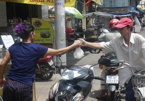 Độc đáo: Phố chỉ bán cơm không ở Sài Gòn - 7