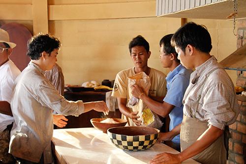 Thái Hòa trổ tài trong Lửa Phật - 1
