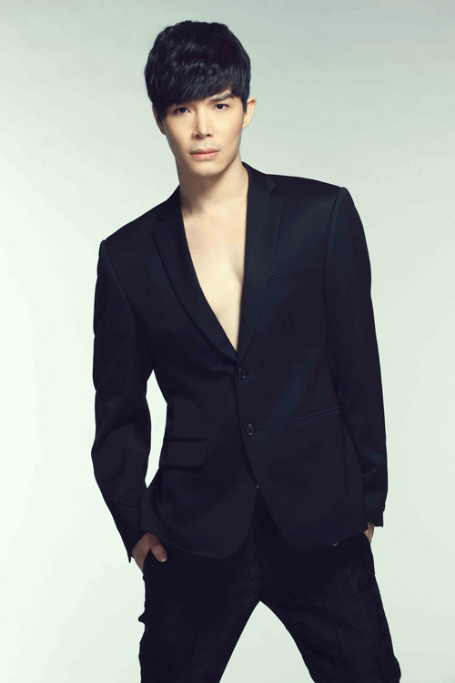 Nathan Lee làm mới bài hit Thu Minh, Ca nhạc - MTV, Nathan Lee, Thu Minh, Xinh, Cap doi hoan hao, CDHH, ban ket, thi sinh, ngoi sao, tin tuc