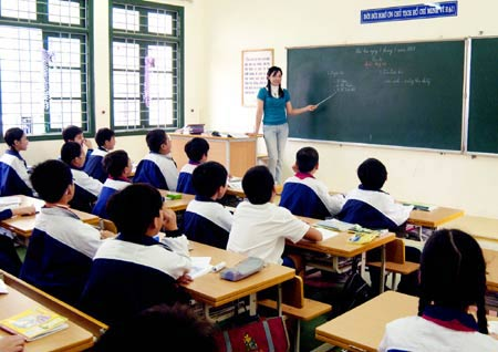 Kiểm tra cô giáo bằng đề thi như HS - 1