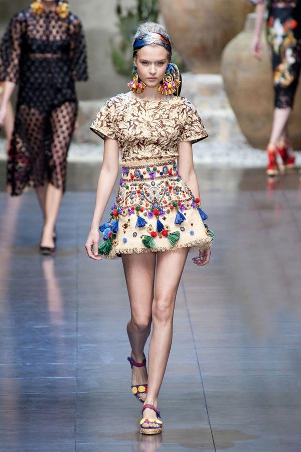 Xu hướng in hoa của thời trang thế giới - 13