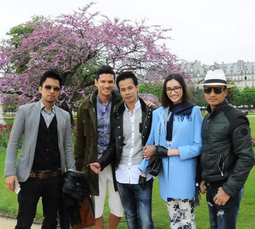 Nghệ sĩ Việt xinh tươi ở trời Âu - 4