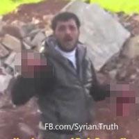 Syria: Ghê rợn video ăn tim xác lính