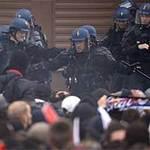 Bóng đá - PSG ăn mừng VĐ trong bạo động