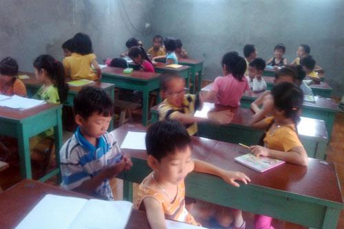 Cả làng cho con học thêm trước khi lớp 1 - 1
