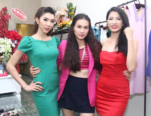 Hà Hồ, Ngọc Quyên nổi bật giữa dàn sao, Ca nhạc - MTV, Ho Ngoc Ha, Ha Ho, Ngoc Quyen, sexy, do dang, goi cam, ngoi sao, nghe sy, ca sy, tin tuc