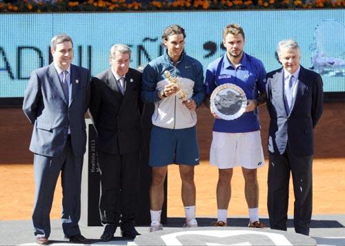 Wawrinka dưới cái bóng của Federer - 3