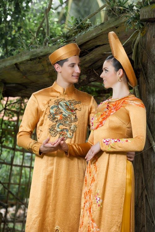 Vũ công BNHV đẹp lạ với áo dài Việt - 8