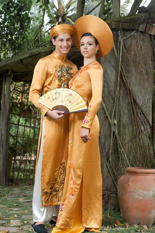 Vũ công BNHV đẹp lạ với áo dài Việt - 6
