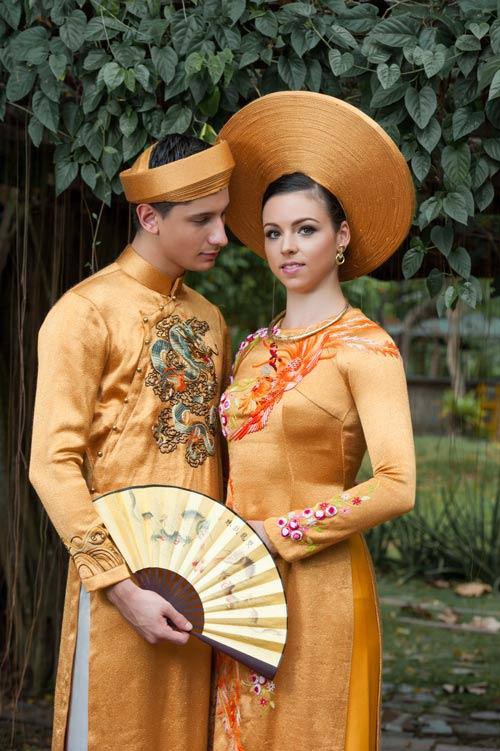 Vũ công BNHV đẹp lạ với áo dài Việt - 9