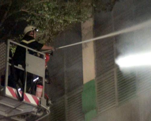 Cháy lớn, 250 cảnh sát PCCC đến dập lửa - 6