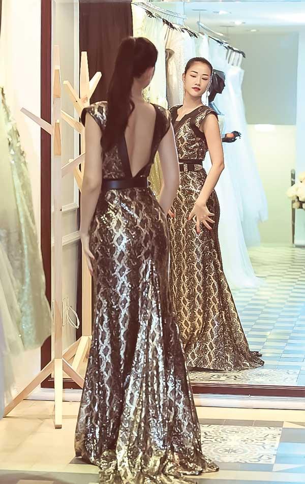 Sao Việt nô nức lựa váy áo đi Cannes - 9
