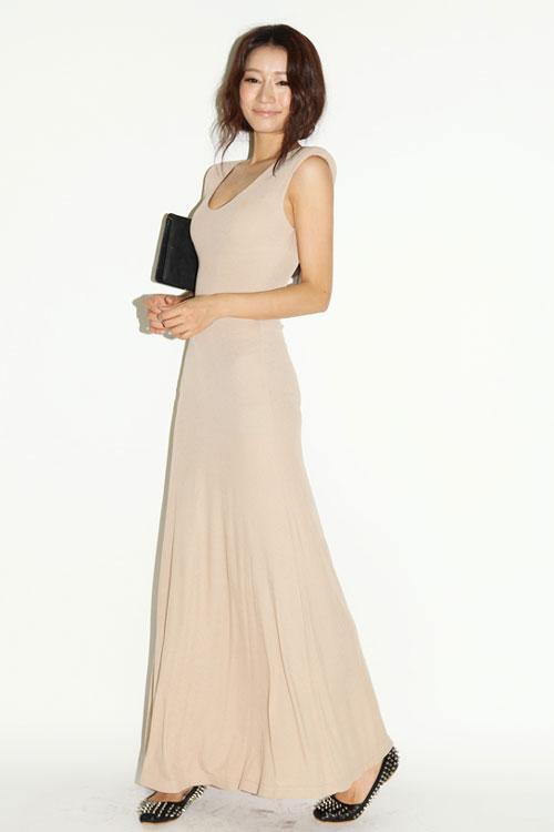 Cách mặc váy maxi chống nắng hiệu quả - 18
