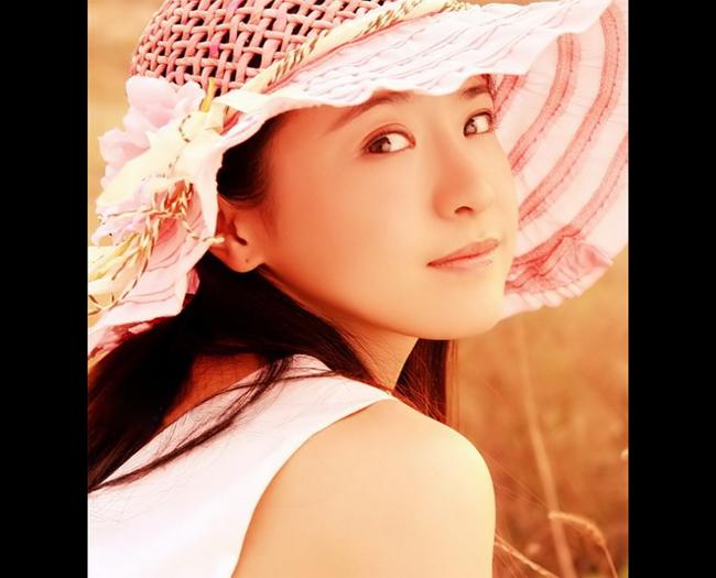Diễn viên Cống Mễ với gương mặt nhiều nét giống Trương Bá Chi.