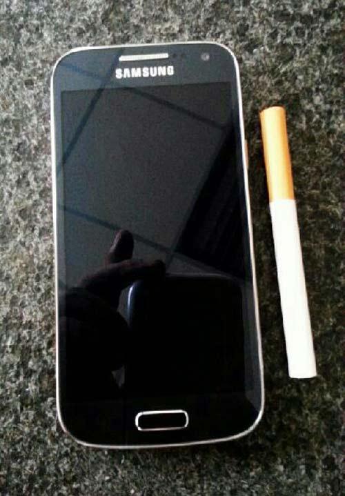 Lộ ảnh Samsung Galaxy S4 mini màn hình 4.3 inch - 3