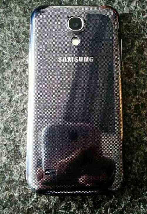 Lộ ảnh Samsung Galaxy S4 mini màn hình 4.3 inch - 4
