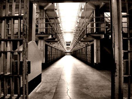 Thâm nhập các nhà tù nổi tiếng (Kỳ 2) - 3