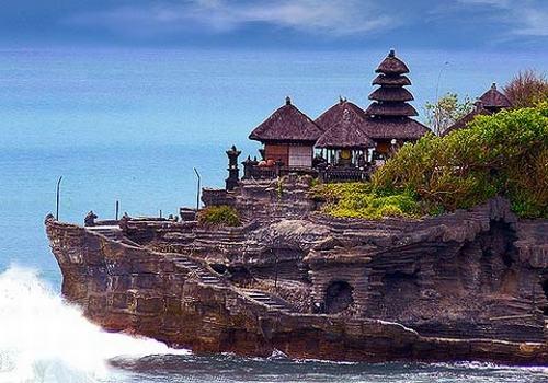 Những ngôi đền đẹp mê hồn trên đảo Bali - 2