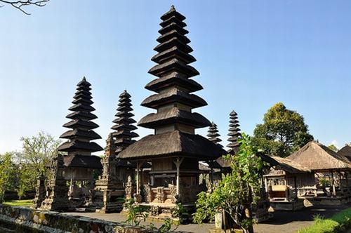 Những ngôi đền đẹp mê hồn trên đảo Bali - 3