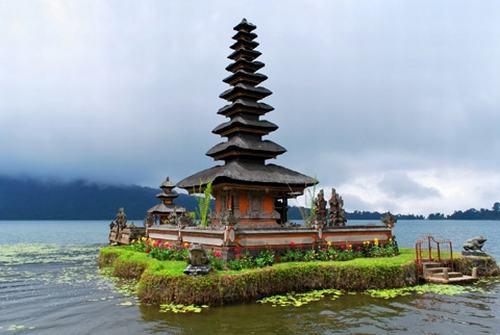 Những ngôi đền đẹp mê hồn trên đảo Bali - 4